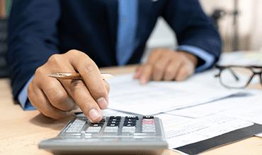 Precisa de dinheiro? Vale mais a pena pegar empréstimo ou vender precatório?